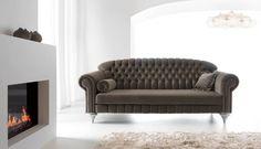#Sofa Diva niczym prawdziwa gwiazda zagości w Twoim wnętrzu na pierwszym planie. Stylowe kształty, gustowne pikowania, delikatne nóżki. Zachwyca i relaksuje. #ArisConcept Sofa, Couch, Love Seat, Furniture Design, Home Decor, Modern, Homemade Home Decor, Settee, Couches