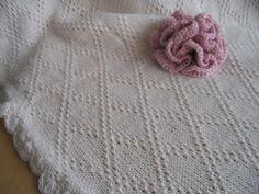 Babydecke Merino,natur, hellblau, weiß,rosa von Laurentiis Shop auf DaWanda.com