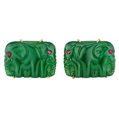 Hand Carved Agate Ruby Gold Elephant Cufflinks | From a unique collection of vintage cufflinks at https://www.1stdibs.com/jewelry/cufflinks/cufflinks/