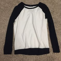 Baseball Crewneck as the title suggests:) not tight fitting Forever 21 Sweaters Crew & Scoop Necks