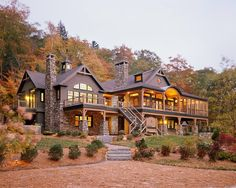 Beautiful Massive mountain home. The post Massive mountain home…. appeared first on Migno Decor . Log Cabin Homes, Log Cabins, House Goals, My Dream Home, Dream Homes, Dream Big, Exterior Design, Luxury Homes Exterior, Stone Exterior