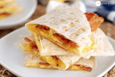 How to Make Quick and Easy Breakfast Quesadillas In a Waffle Maker