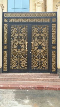 #doors #moderndoors #lifestyle #riyadh #saudiarabia #laserwork Front Gate Design, Door Gate Design, Front Gates, Entrance Gates, Compound Wall Gate Design, Neoclassical Architecture, Baroque Design, Modern Bungalow, Iron Doors