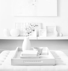 The home of Style at Home design editor Ann Marie Favot. Anything pretty, shiny, or sparkly goes–and… Style At Home, White Home Decor, Diy Home Decor, Interior Styling, Interior Design, Piece A Vivre, White Rooms, White Walls, Home Fashion