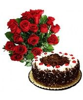 BlackForest Mania If your girlfriend is mad about black forest cake, then let this V-day be the occasion to celebrate with this delicious black forest bonanza. Start with the usual ritual of red roses. Birthday Cake Delivery, Unique Valentines Day Gifts, Black Forest Cake, Red Roses, Christmas Gifts, Happy Birthday, Chocolate, Xmas Gifts, Happy Brithday