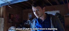 """Dirk Gently's Holistic Detective Agency """"Rogue Wall Enthusiasts"""" (1x03) - Todd about Dirk"""
