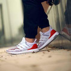 adidas-ultra-boost-white-multicolor-3