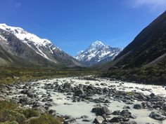 Hiking snap of Mount Cook - New Zealand's tallest mountain