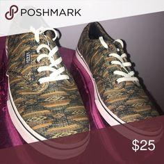 Neutral Aztec print Women's Vans Size 7 low rise classic Vans. never worn Vans Shoes Sneakers