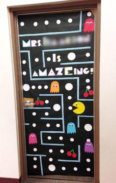 Teacher Appreciation Door Decorating | Paging Supermom