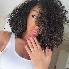 @mzbiancarenee Woopsies!!! I was suppose to upload a new video yesterday!! My bad! Editing NOW! PS- take a GOOD look at this selfie cuz……. I have another hair surprise for you…… #hair2mesmerize #naturalhair #healthyhair