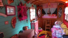 chambre d'hote insolite à Paradou www.gipsy-queen.com