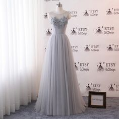 f458cead30e7 2018 Prom Ball Gown Dresses Long Gray Evening Dress O-neck Illusion Tulle  Dress Sheer Lace Flower Be