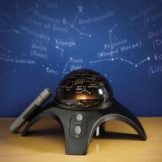 Bring the night sky indoors as a rotating star-dome  projects Northern Hemisphere constellations on the ceiling. Our talking planetarium tells space stories about 24 images from the National Geographic archives. Includes a red-dot star pointer and CD-ROM planetarium software with customizable sky map display.WARNING: CHOKING HAZARD--small parts not for children under 3 years.