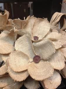 another feed sack idea for Pat Burlap Fabric, Burlap Lace, Burlap Flowers, Diy Flowers, Fabric Flowers, Crocheted Flowers, Paper Flowers, Burlap Projects, Burlap Crafts