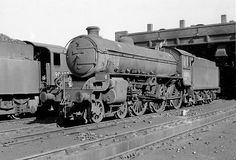 Thompson 61013 'TOPI' was built in 1942 . withdrawn from service in it was scrapped at Draper's (Hull) in Diesel Locomotive, Steam Locomotive, Train Car, Train Tracks, Steam Trains Uk, Abandoned Train, Steam Railway, Train Times, British Rail
