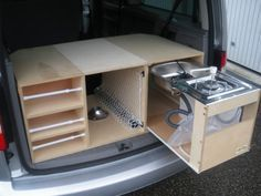 25 Hidden Camper Storage That Makes You Fallen Love - Abchomedecor - Wohnwagen Minivan Camping, Auto Camping, Mini Camper, Truck Camper, Honda Element Camping, Vw T3 Syncro, Kangoo Camper, Travel Camper, Kombi Home
