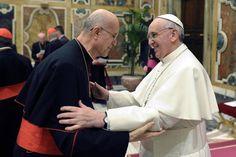 Il Cardinale Bertone: 'Sarò con Papa Francesco a Torino il 21 giugno'