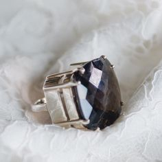 Our maxi ring in sultry smoky quartz order yours today! Link in bio ... #lux #jewels #weddings #bridal #diamonds #ring #jewels #stones #gems #dubai #london #luxury #jewellery