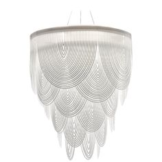 SLAMP Ceremony Large Pendelleuchte in Weiß von Bruno Rainaldi - Kronleuchter Large Pendant Lighting, White Pendant Light, Art Deco Chandelier, Chandelier Pendant Lights, Chandeliers, Modern Light Fixtures, Modern Lighting, Lighting Concepts, Contemporary Chandelier