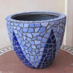 DIY Mosaic Blue Flower Pot - Blumentopf aus Soft-Bits-Keramik Steine | Geschenk zum Selbermachen - Mosaique Pot de Fleur - Broken Ceramic Tiles - Craft By Alea Mosaik