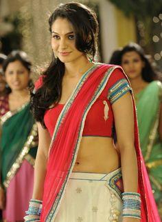 Andrea Jeremiah hot Image #Andrea Jeremiah #Andrea #Tamil Actress