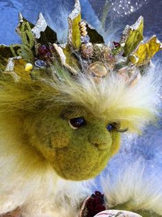 Christmas Grinch needlefelting class with Trudy