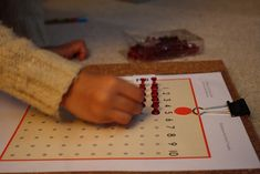 The Adventures of Bear: Multiplication - skip counting and Montessori materials - DIY Multiplication Bead Board with Push Pins Montessori Homeschool, Montessori Elementary, Homeschooling, Math Manipulatives, Numeracy, Country School, Skip Counting, Montessori Materials, Special Education