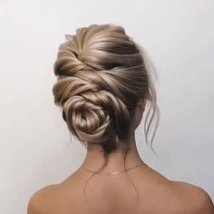 Diy Hochzeit Hochsteckfrisur Frisur Tutorial – Lange Hochzeitsfrisuren und Hoch… Diy Wedding Updo Hairstyle Tutorial – Long Wedding Hairstyles and Updo Ideas – DIY Tutorial for Updos – Updo Hairstyles Tutorials, Latest Hairstyles, Hairstyles Videos, Wedding Hairstyles Tutorial, Hairstyles 2018, Popular Hairstyles, Wedding Hairstyles For Long Hair, Bride Hairstyles, Hair Updos For Medium Hair