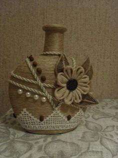 Looking for wine box crafts?, this round right up is your one-stop-shop from Do it yourself glasses to really definitely chic mozzarella cheese trays. Liquor Bottle Crafts, Wine Bottle Art, Painted Wine Bottles, Diy Bottle, Decorated Bottles, Beer Bottle, Vodka Bottle, Bottle Lamps, Yarn Bottles