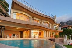 The Lookout Villa