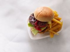 Hamburger - miniature food tutorial using polymer clay - YouTube