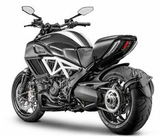 The hubs Father's Day gift Luusama Motorcycle And Helmet Blog News: 2015 Ducati Diavel Carbon