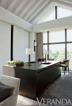 Interior Design by Nancy Braithwaite. Photograph by Melanie Acevedo.
