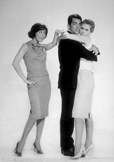 "Dean Martin, Carol Burnett & Elizabeth Montgomery- ""Who's Been Sleeping in My Bed?"", 1963."