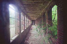 Old Central Insane Asylum - Creepy haunted fun