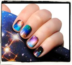 Nailderella: NCLA galaxy nails and BM leggings OOooh Amaaaazing Get Nails, How To Do Nails, Hair And Nails, Garra, Nail Polish Designs, Nail Art Designs, Gorgeous Nails, Pretty Nails, Galaxy Nail Art