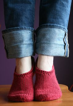 red socks, just absolutely beautiful in their simplicity, I love them, nice work !