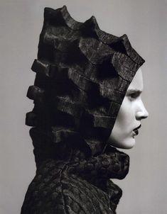 "dreamsinmonochrome:  "" Furtive Fashions - Editorial from Noi.se Magazine, Spring 2011  """