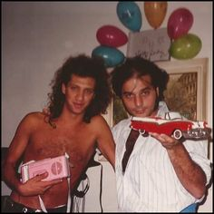 Charly y Zeta Soda Stereo, Nada Personal, Lady And Gentlemen, Music, Amor, Gustavo Cerati, Cool Pictures, Casual Styles, Stud Earrings