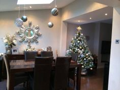 [Student Interior of the Week]  One of our Students' Susan Mays has designed this beautiful Christmas Interior!  From all of us at The Interior Design Institute, we wish you all a very Merry Christmas!