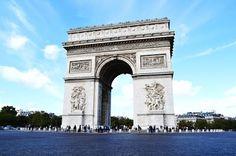 Detalles sobre el Arco del Triunfo de l'Etoile en Paris.