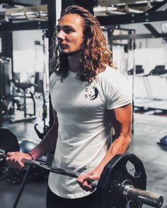 "Wild Purpose™ Fitness Apparel on Instagram: ""@ram.sha_ is looking GREAT in our Arctic White shirt😍""#inspo #inspiration #motivation #fitspo #men #gym #healthy #squat #bodybuilding #lifestyle #progress #workout #fitnessmodel #lifestyle #performanceshirt #wildpurpose Fitness Apparel, Arctic, Squats, Fitspo, Looks Great, Fitness Models, Gym, Shirt Dress, Squat"