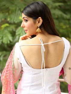 Beautiful Aditi Singh in Pink and White Dress - Aditi Singh Photo Gallery - Aditi Singh HD Wallpapers Indian Natural Beauty, Indian Beauty Saree, Asian Beauty, Indian Sarees, Bollywood Girls, Bollywood Celebrities, Beautiful Saree, Beautiful Indian Actress, Pink And White Dress