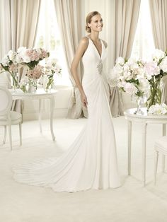 Pronovias 2013 Collections - - Baile - -   http://www.pronovias.com/wedding-dresses-2013/fashion-collection-baile