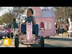 "GoldieBlox - OFFICIAL BIG GAME XLVIII - Ad (Uncut Version) - YouTube. ou: ""vamos mandar essa porra toda pro espaço"""