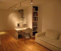 #interiorismo #arquitectura #iluminación #blanco #madera #luz #librería #cocina #silla #mobiliariio #sofa #boconcept