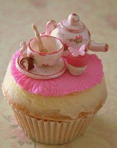 "a ""tea"" cupcake"