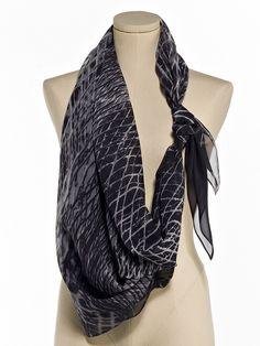 lorena santin andrade allowing ring scarf