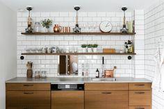 Westendinkuja 13 B, 02160 Espoo Erillistalo myynnissä Furniture, Interior, Dining, Kitchen Cabinets, Cabinet, Scandinavian Home, Home Decor, Kitchen, Kitchen Dining